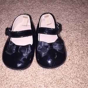 Infants size 2  dress shoes